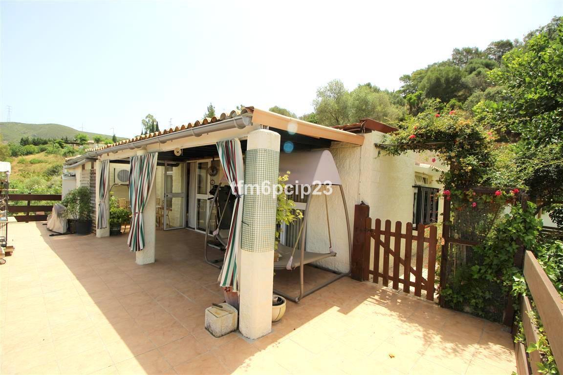 Villa for sale in San Enrique, Costa del Sol