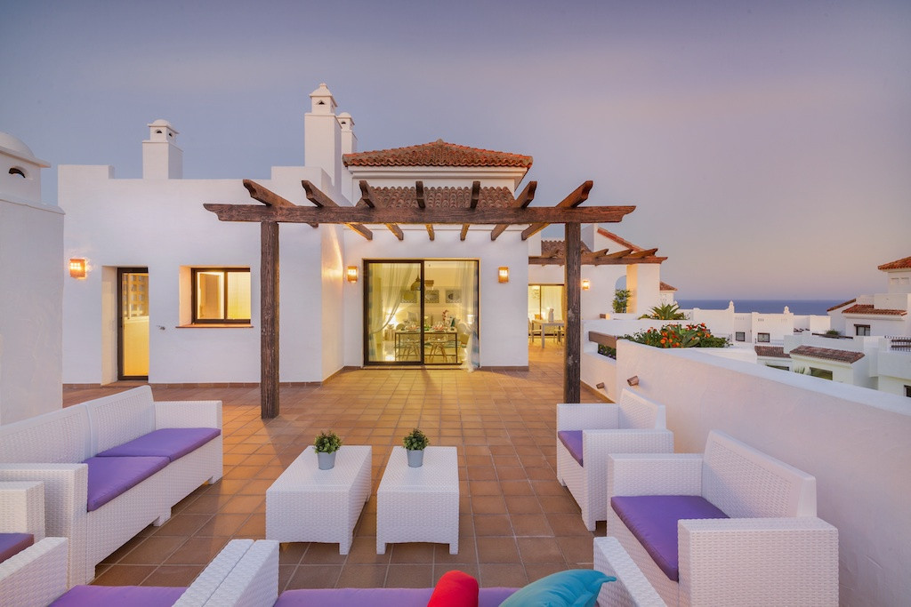 Apartment, La Alcaidesa, 176.000