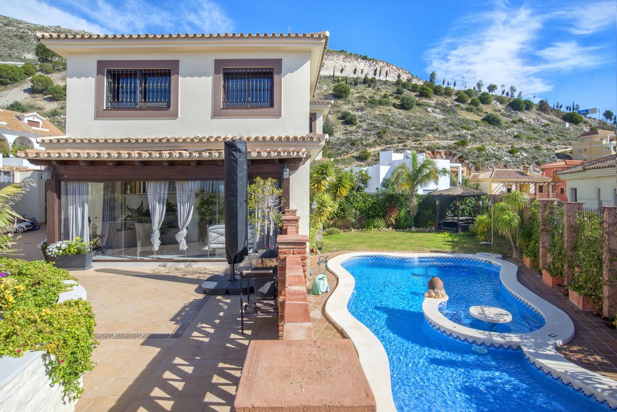 Villa El Bierzo, Benalmaden, where comfort meets style  New on the market.    Attention luxury home ,Spain