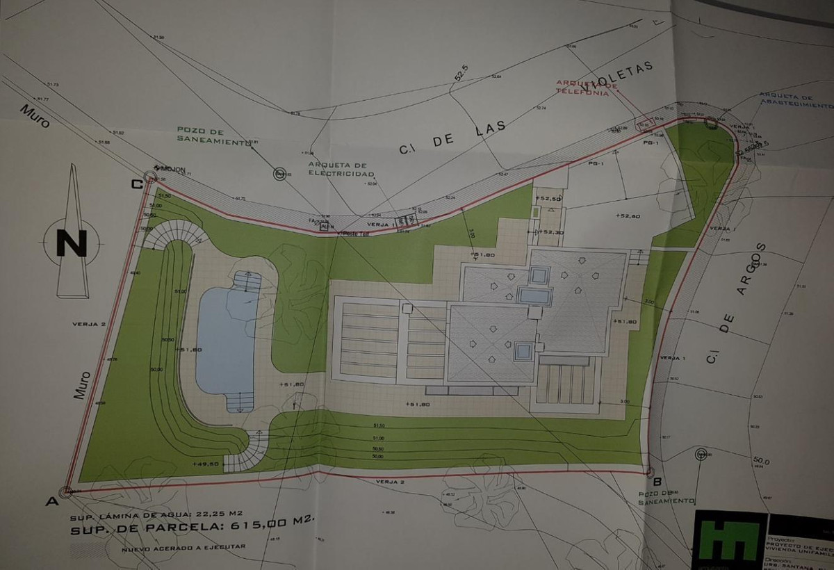 For sale a corner plot of 615 m2 just to 2 km from Benalmadena pueblo and from Benalmadena beach. Th,Spain