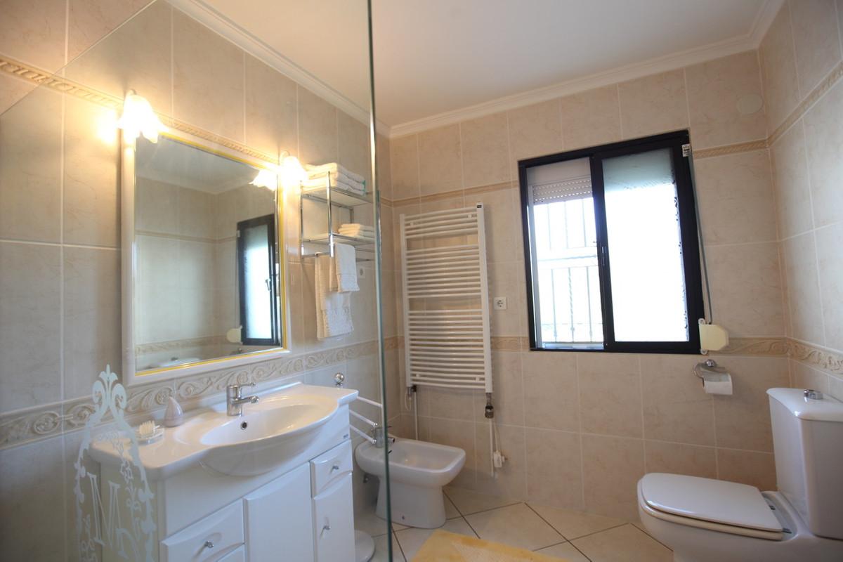 Villa con 2 Dormitorios en Venta Mijas