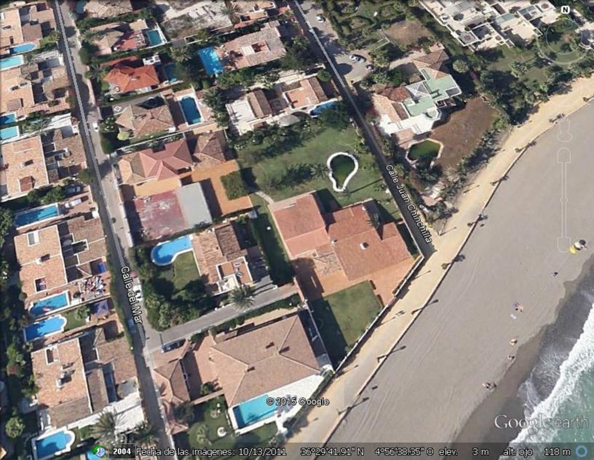 8 bedroom villa for sale puerto banus