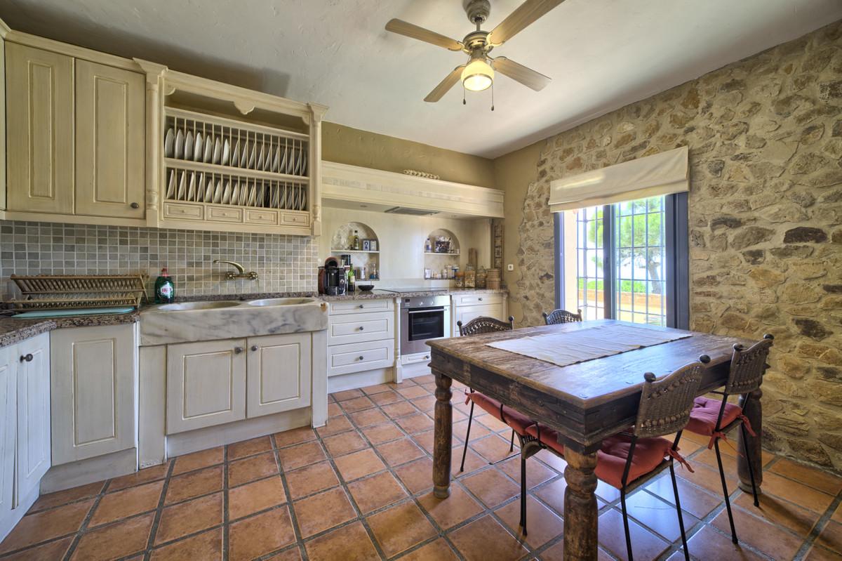 4 Bedroom Villa For Sale, Casares Playa