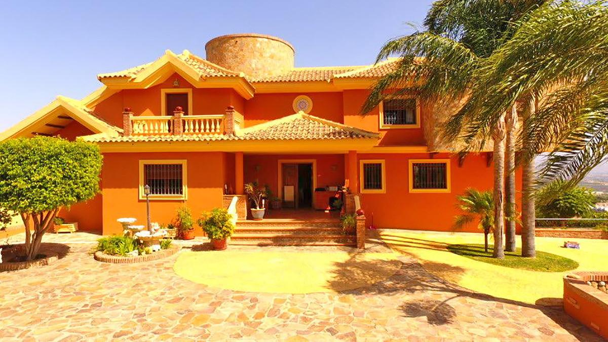 House in Alhaurín de la Torre R3686294 1