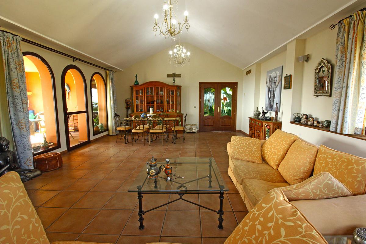 House in Alhaurín de la Torre R3686294 12