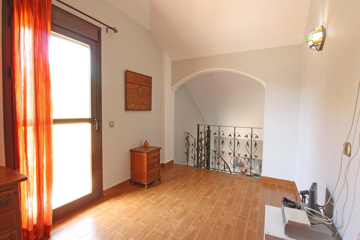 House in Alhaurín de la Torre R3686294 26