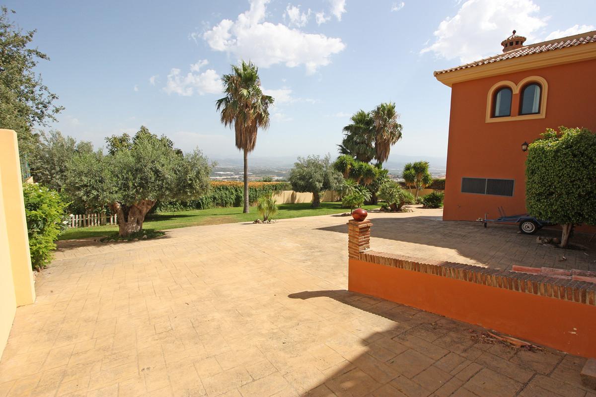 House in Alhaurín de la Torre R3686294 43
