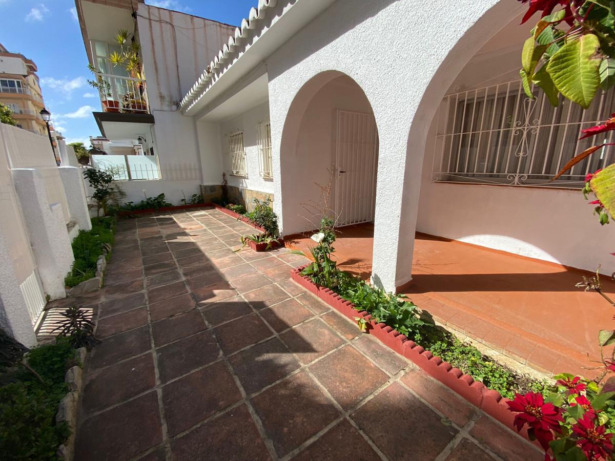 Villa in Los Boliches