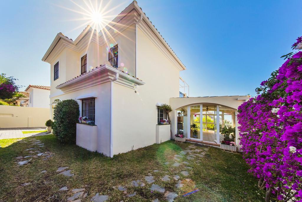 Villa 3 Dormitorios en Venta Benalmadena