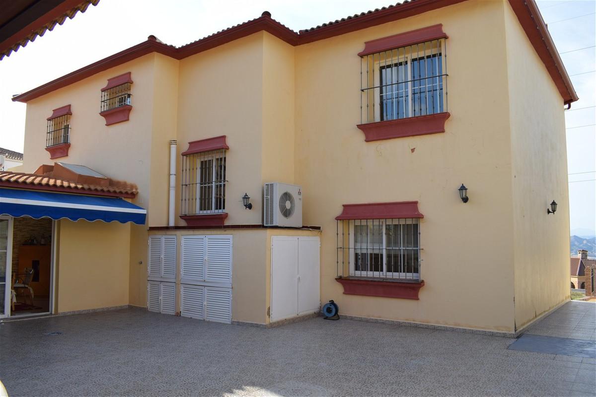 7 Sovero Villa til salgs Alhaurín de la Torre