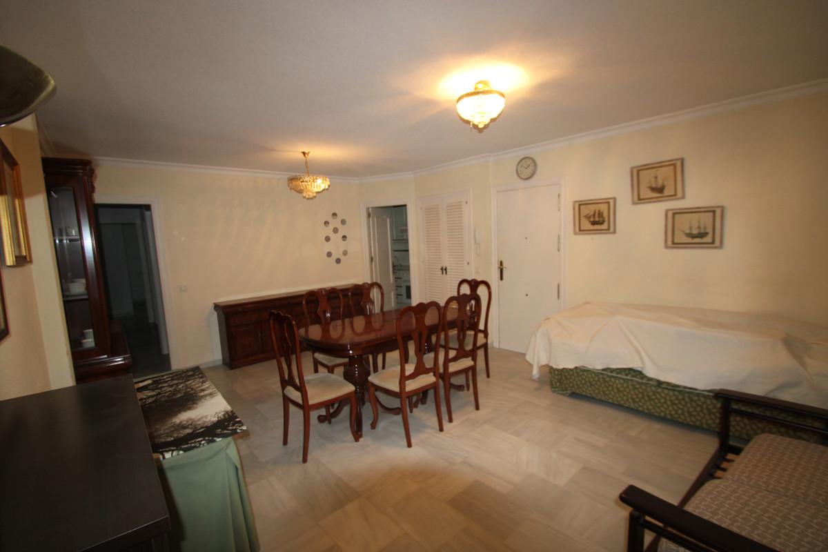 Apartment Middle Floor Fuengirola Málaga Costa del Sol R3394153 4