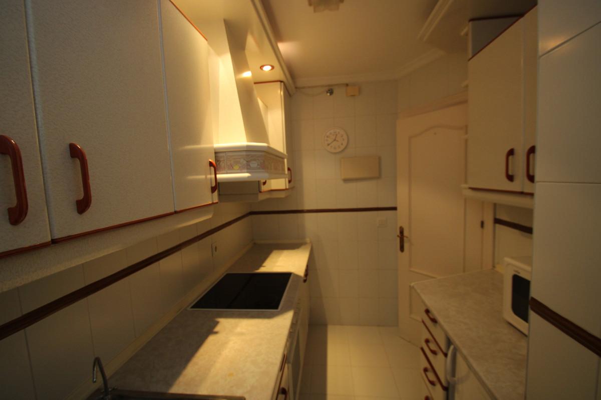 Apartment Middle Floor Fuengirola Málaga Costa del Sol R3394153 5