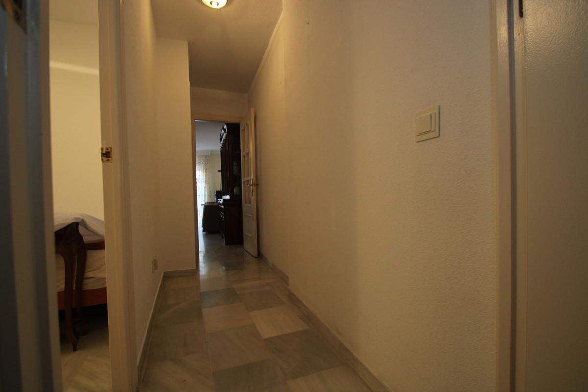 Apartment Middle Floor Fuengirola Málaga Costa del Sol R3394153 7
