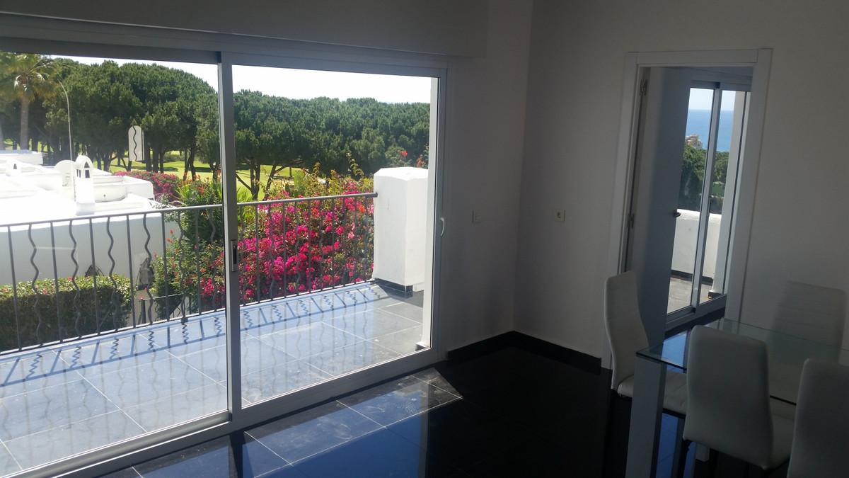 Villa con 2 Dormitorios en Venta Cabopino