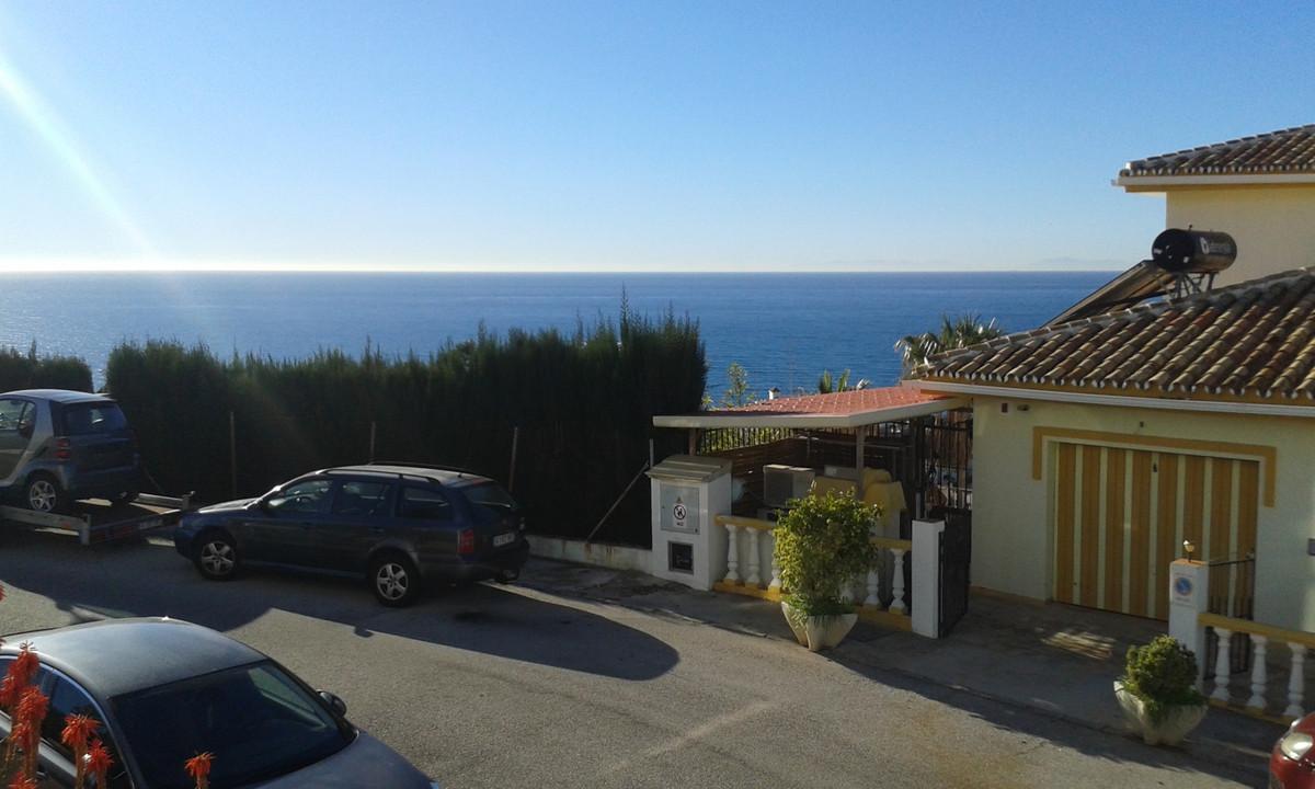 Colinas Del Mar,  ABSOLUTE BARGAIN!!  2 Bedroom - 1 Bathroom, Located in (Lower) Riviera Del Sol.  T,Spain