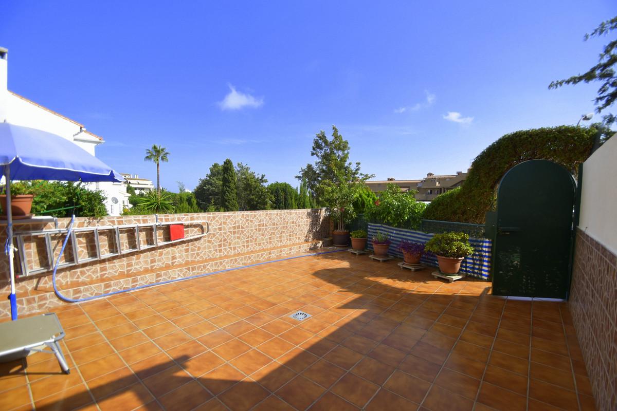 Semi-Detached House, Arroyo de la Miel, Costa del Sol. 4 Bedrooms, 4 Bathrooms, Built 200 m², Terrac,Spain