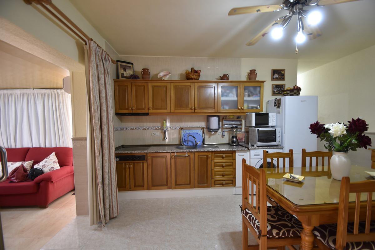 R3229486: Apartment for sale in La Carihuela
