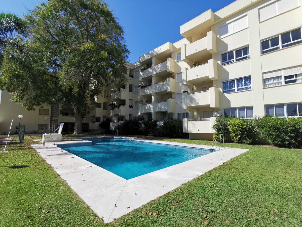 Apartamento 1 Dormitorios en Venta La Carihuela