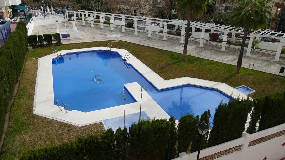 Arroyo de La Miel,  (Jardines de Gamonal). Two bedroom apartment with south east orientation and lar,Spain