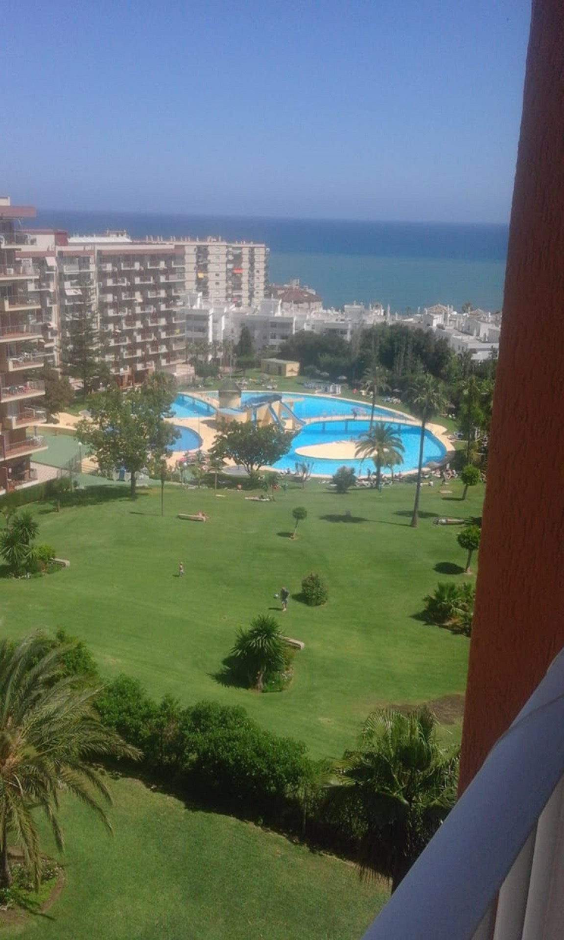 New to the market, fully reformed 5th floor studio apartment with south east facing panoramic views,,Spain