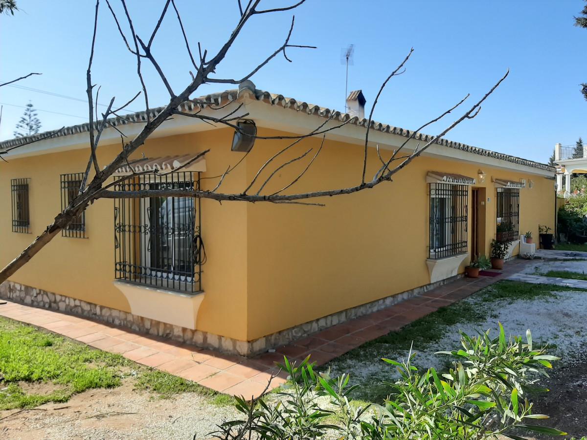 Detached Villa for sale in El Chaparral R3623075