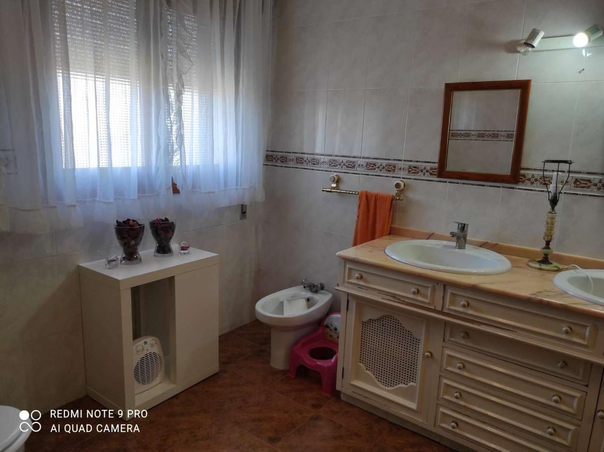 House in Alhaurín de la Torre R3802804 20