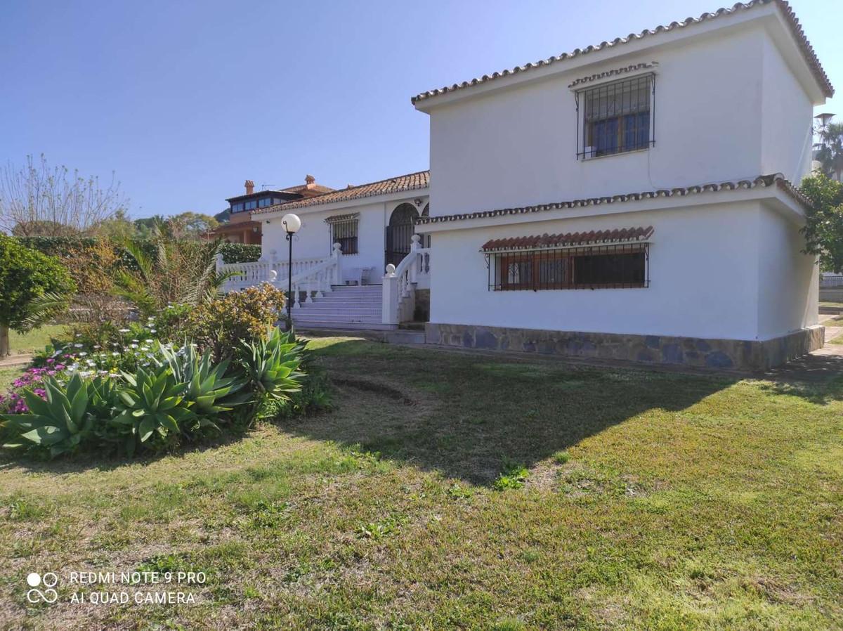 House in Alhaurín de la Torre R3802804 32