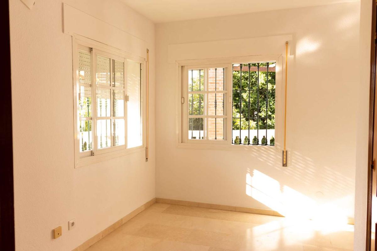 House in Alhaurín de la Torre R3788692 10