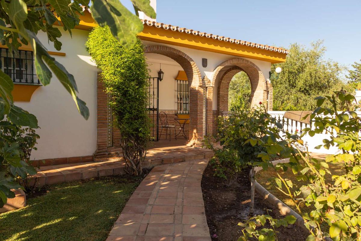 House in Alhaurín de la Torre R3788692 11