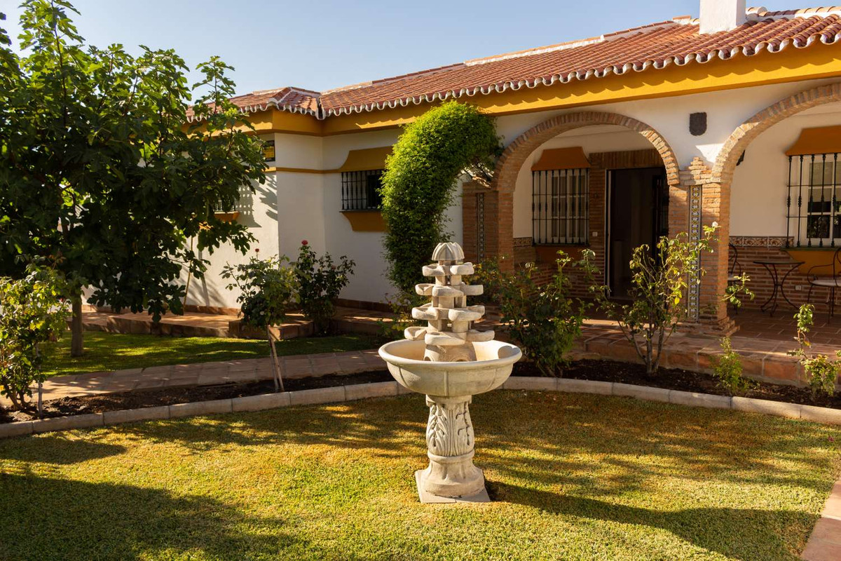 House in Alhaurín de la Torre R3788692 12