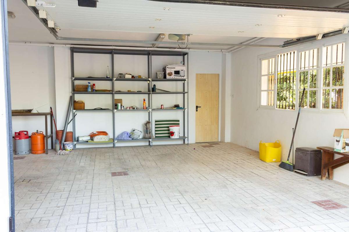 House in Alhaurín de la Torre R3788692 31