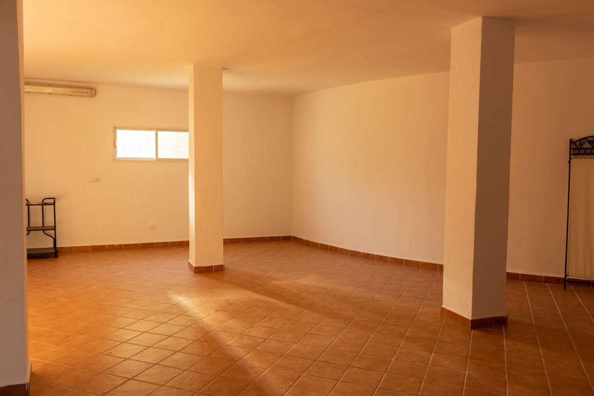 House in Alhaurín de la Torre R3788692 34
