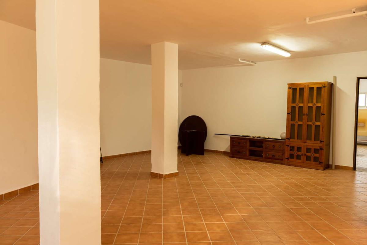 House in Alhaurín de la Torre R3788692 37