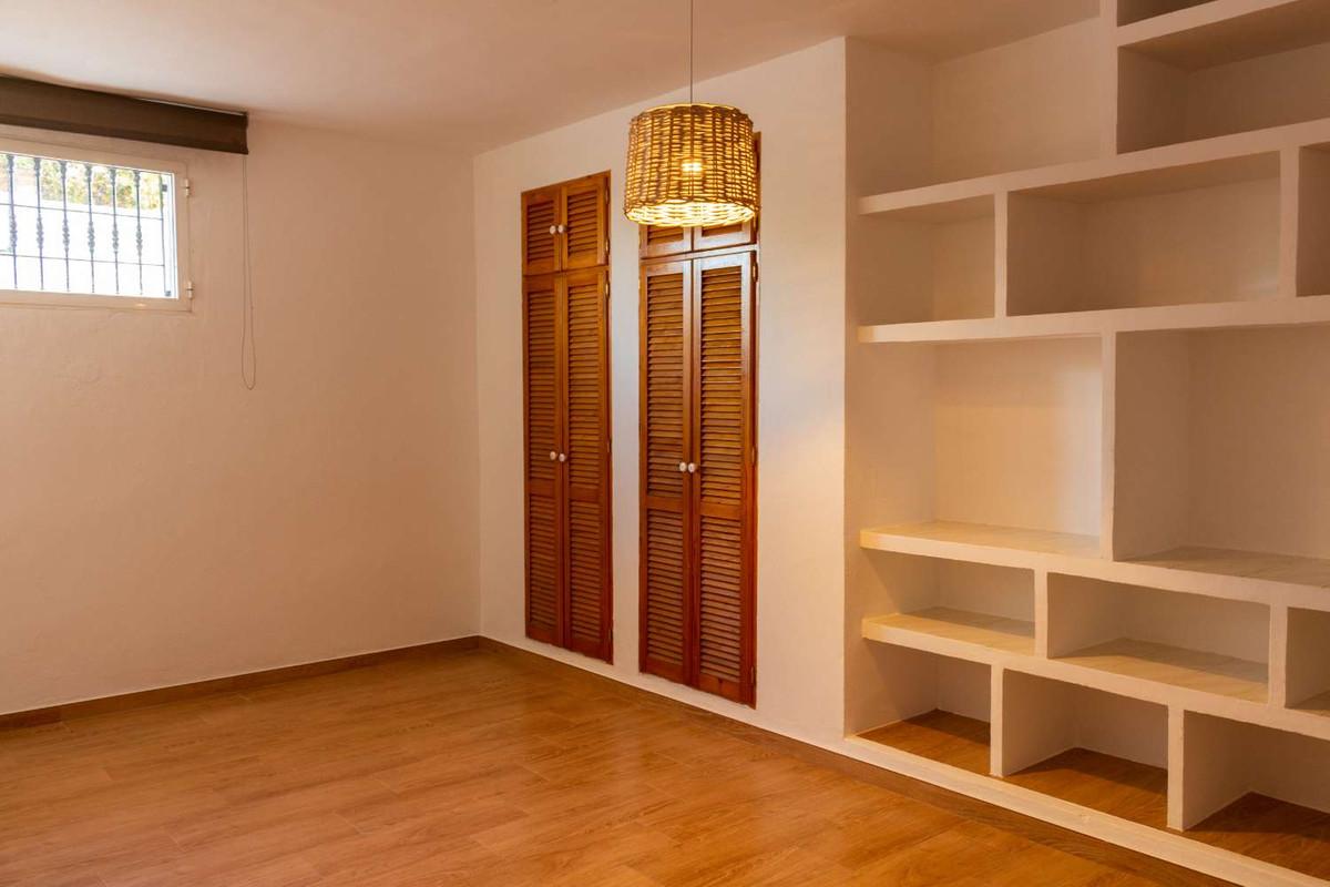 House in Alhaurín de la Torre R3788692 39