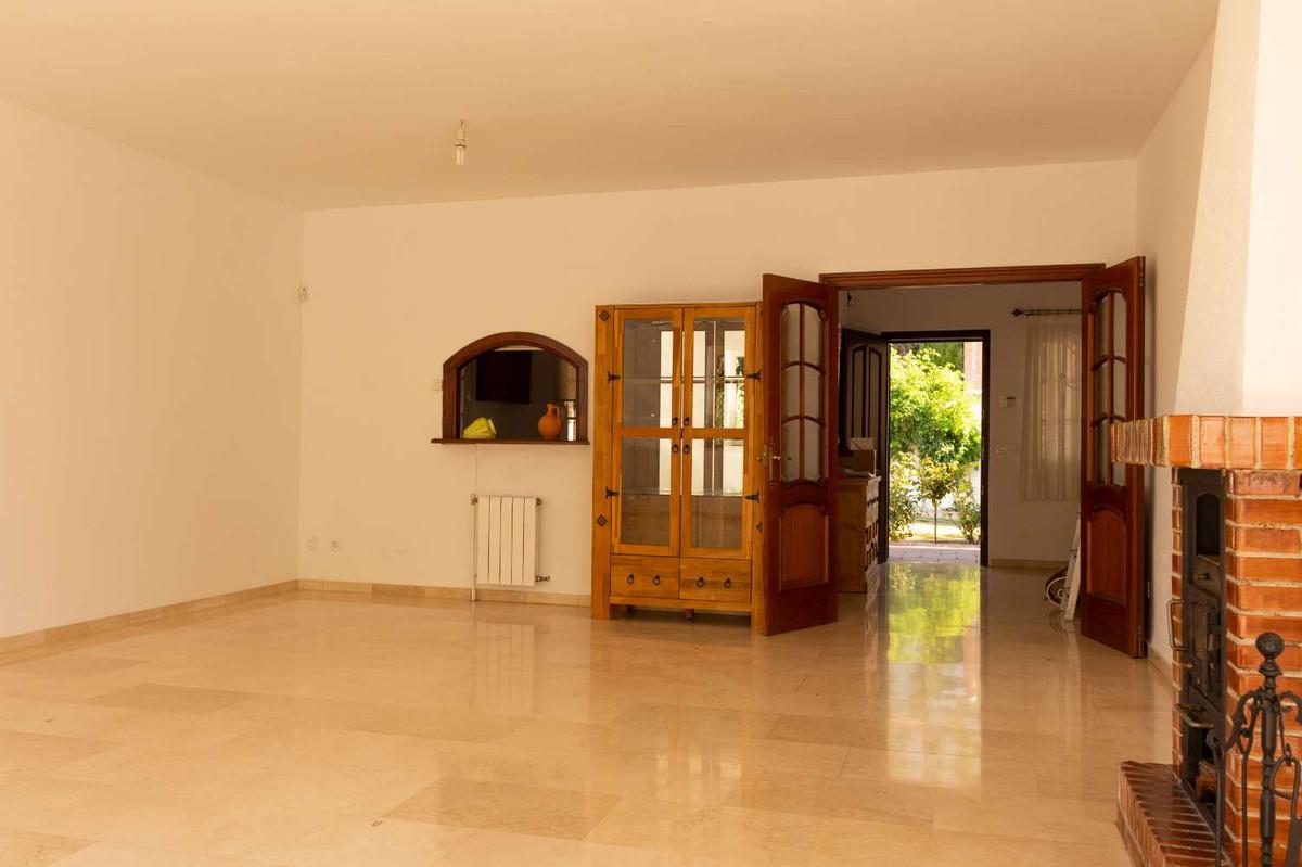 House in Alhaurín de la Torre R3788692 4