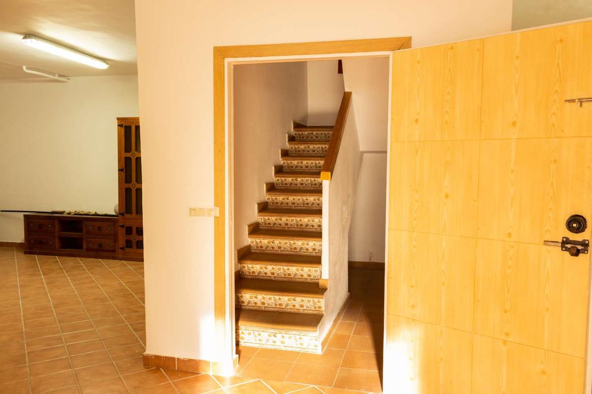 House in Alhaurín de la Torre R3788692 40