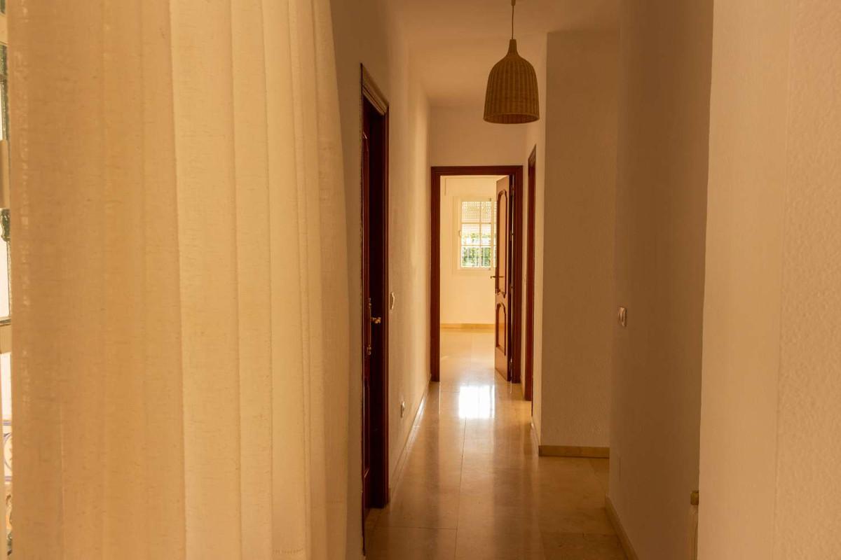 House in Alhaurín de la Torre R3788692 42