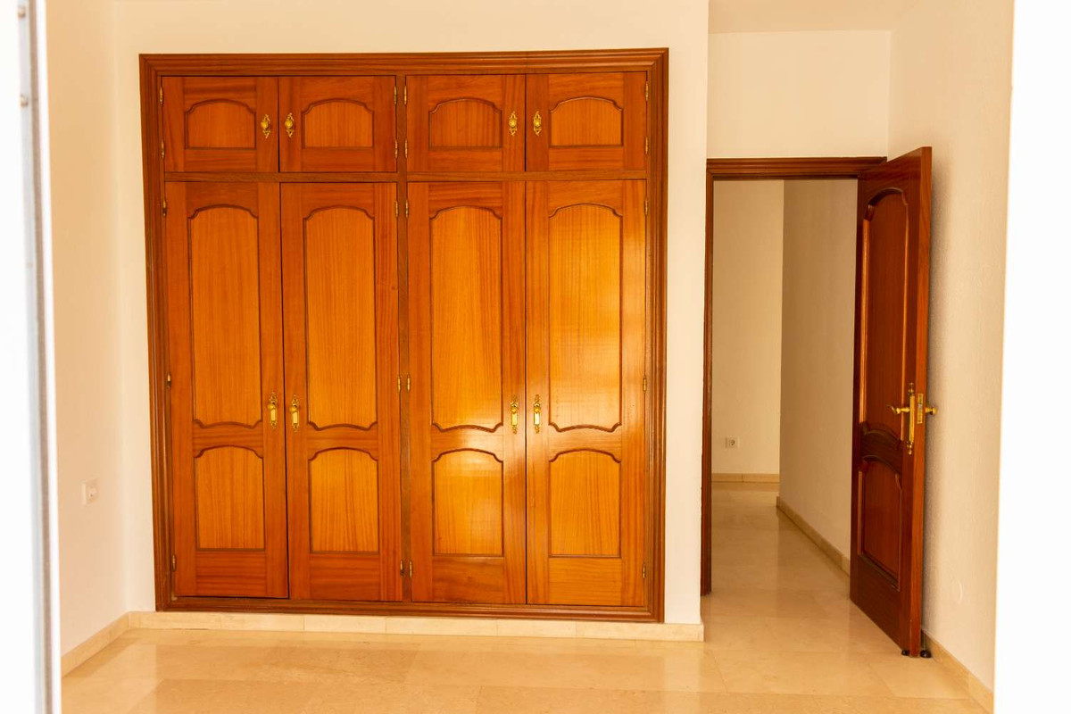 House in Alhaurín de la Torre R3788692 45