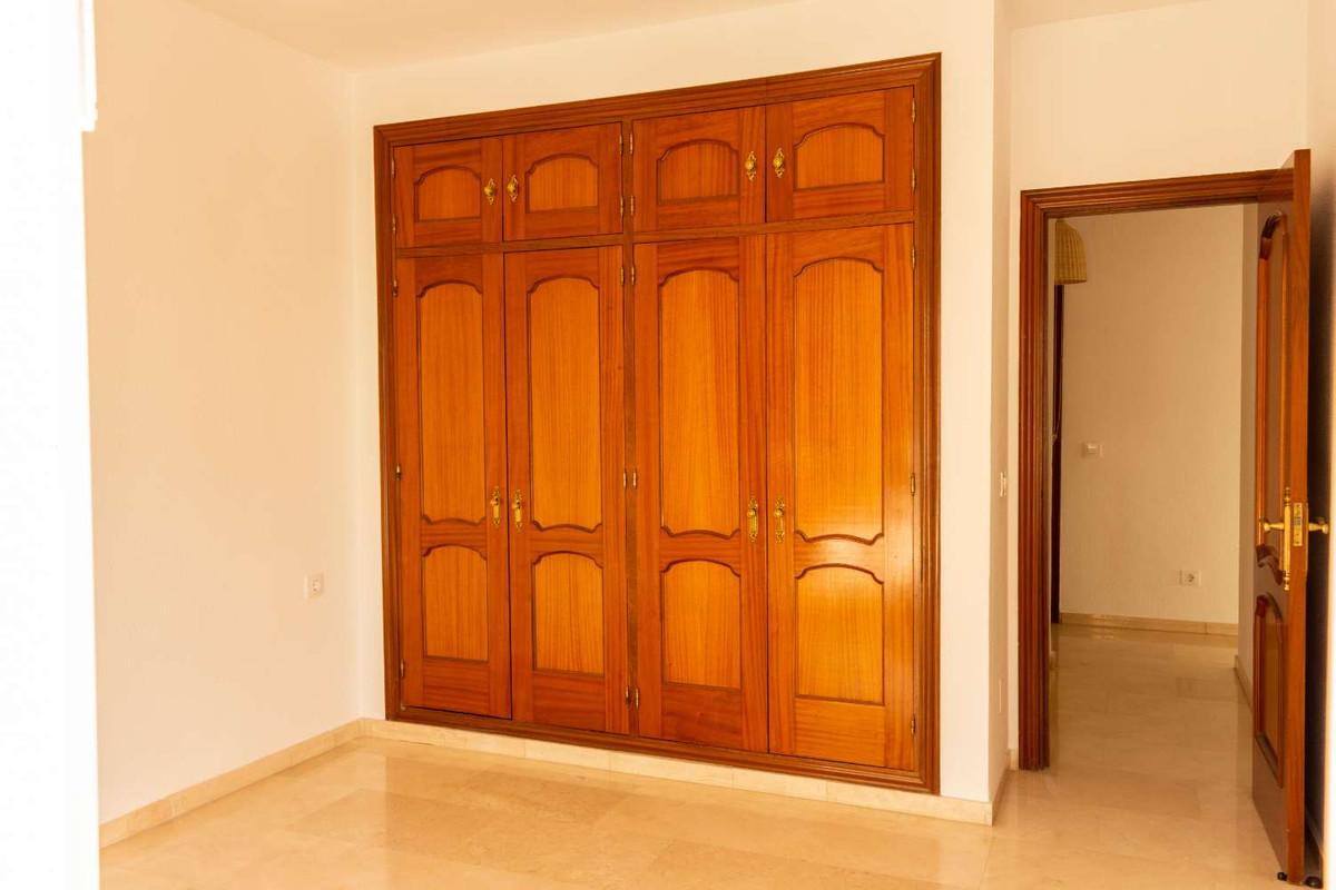 House in Alhaurín de la Torre R3788692 46