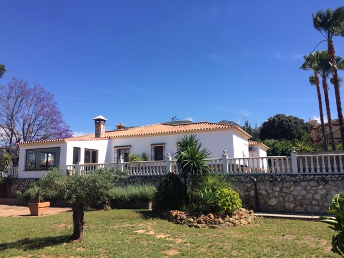 House in Alhaurín de la Torre R3787183 2
