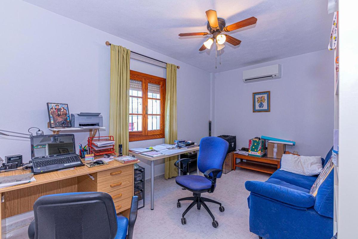 House en Alhaurín de la Torre R3907183 11