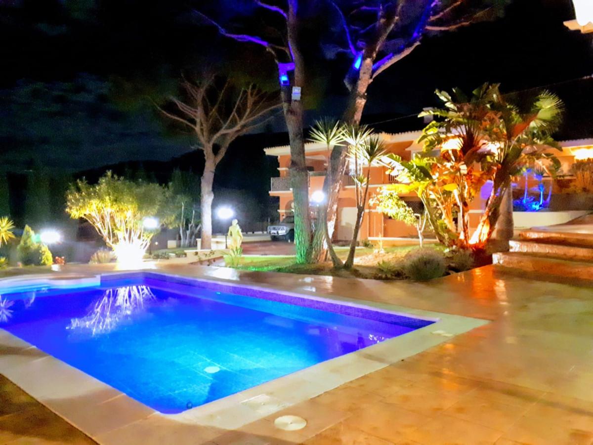 House in Alhaurín de la Torre R3798712 1