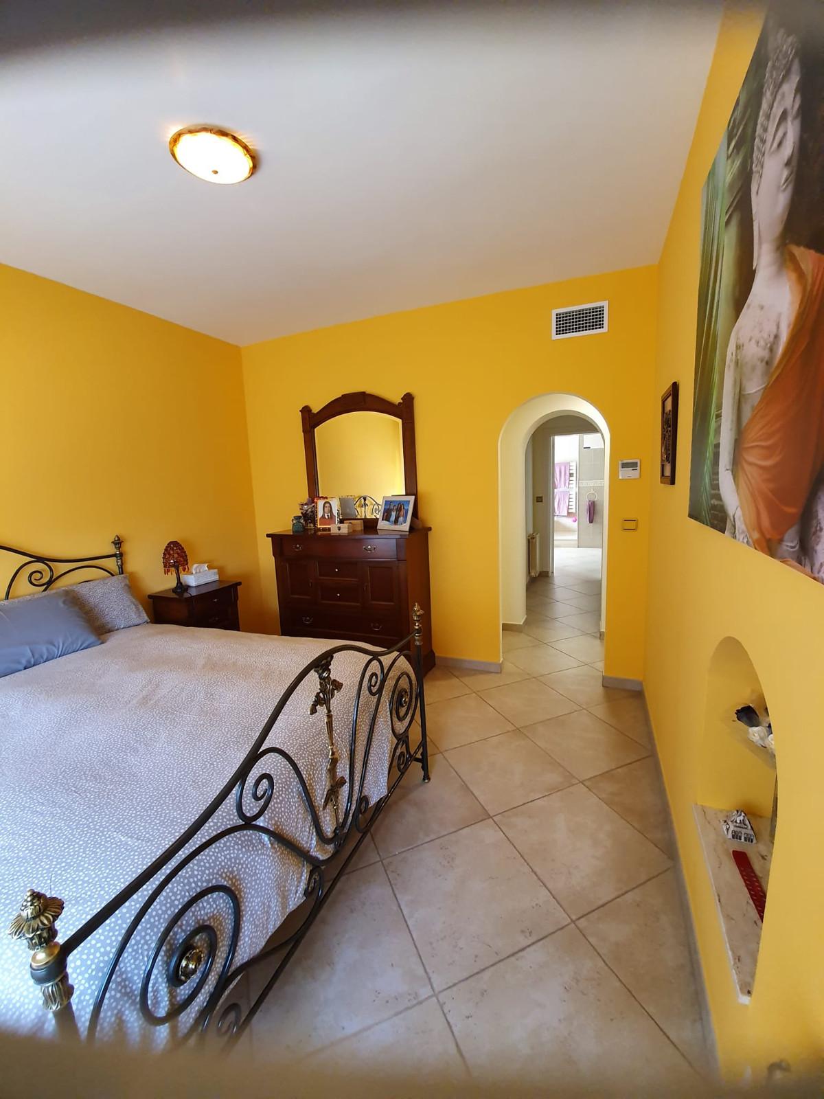 House in Alhaurín de la Torre R3798712 15