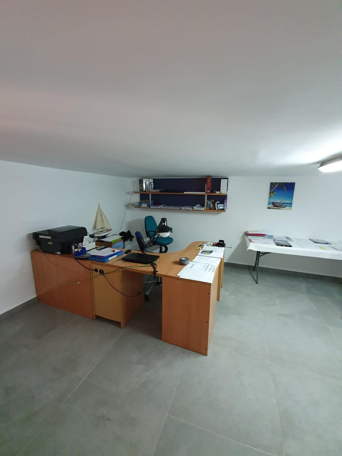 House in Alhaurín de la Torre R3798712 25