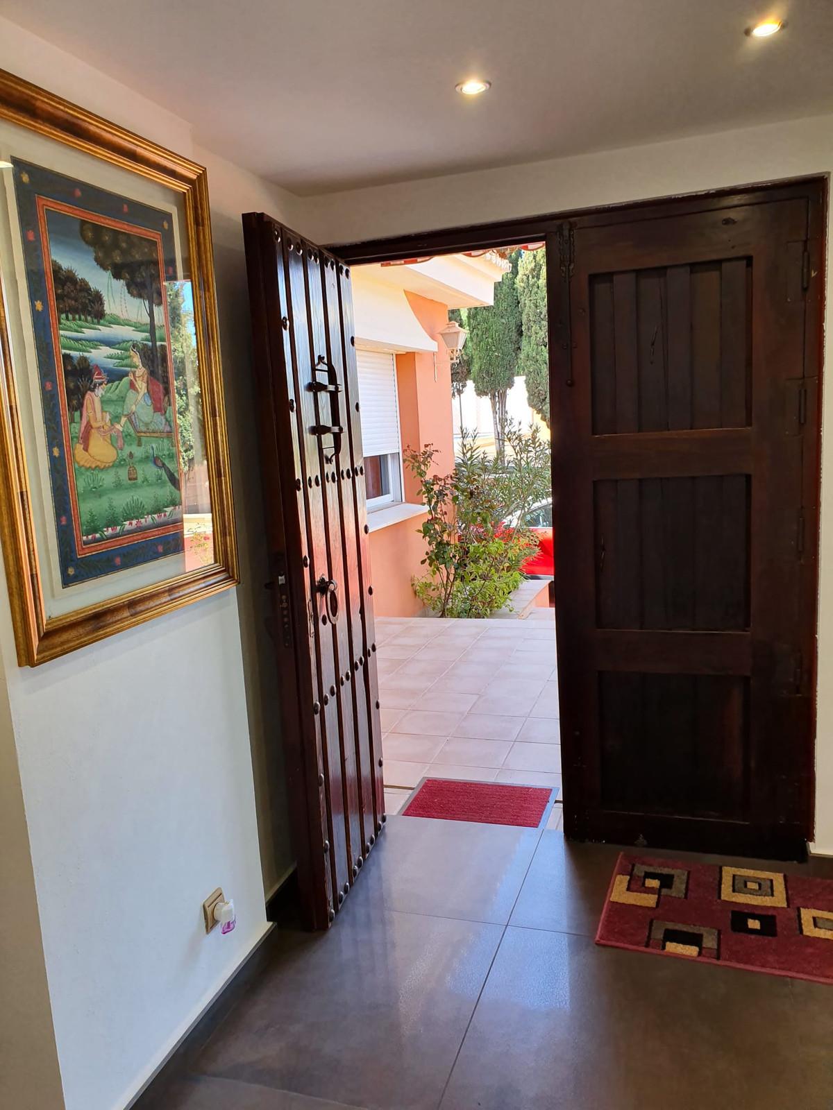 House in Alhaurín de la Torre R3798712 3