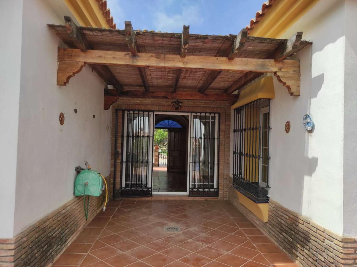 House in Alhaurín de la Torre R3838015 11