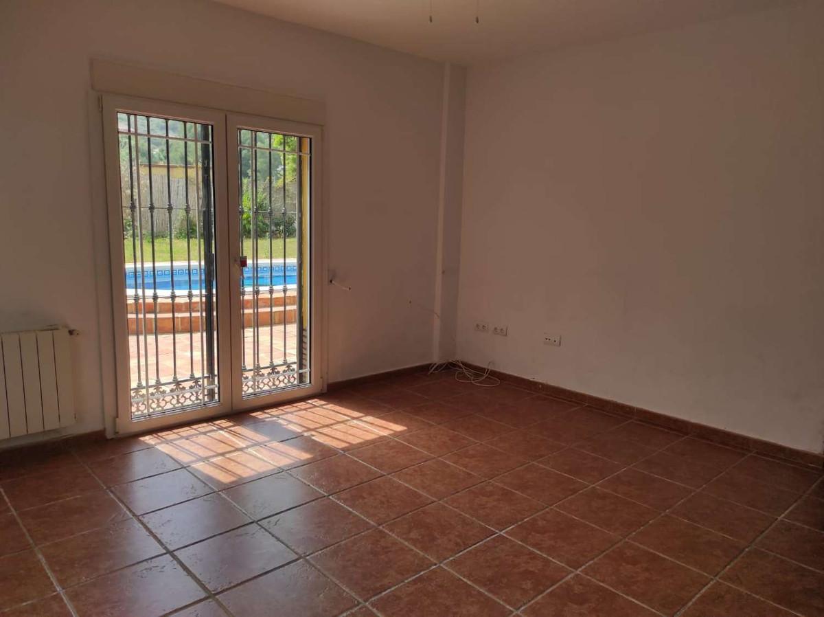 House in Alhaurín de la Torre R3838015 25