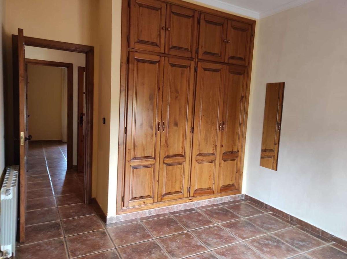 House in Alhaurín de la Torre R3838015 28