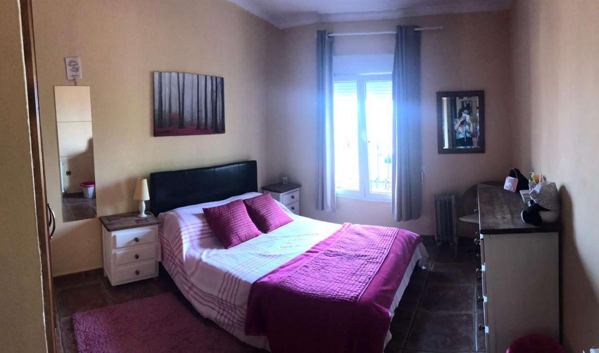 House in Alhaurín de la Torre R3838015 31