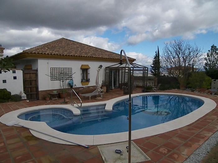 House in Alhaurín de la Torre R3838015 43